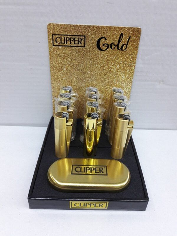Clıpper ful metal çakmak gazlı model ürün taşlı olup normal gaz ile dolum yapılmaktadır aynı zamanda ürünün tek tek metal kutusu olup iki yıl garantisi mevcuttur.